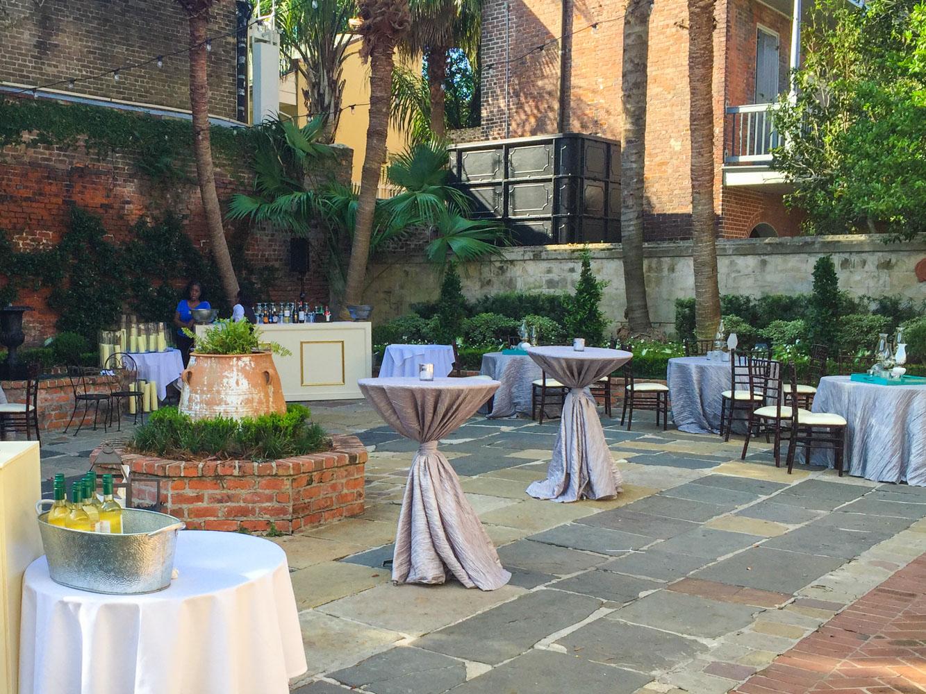 courtyard reception at broussard u0027s bbc destination management